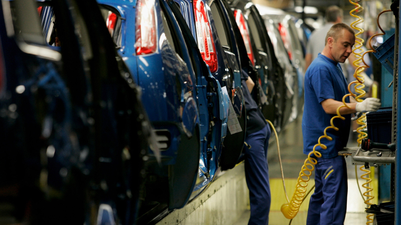 UK car makers achieve 11th consecutive month of growthImage