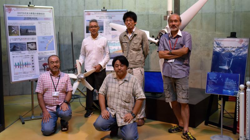 Kenichiro Soga, Hideki Takebe, Jun Fujita, Katsutoshi Shirasawa and Professor Shintake (Credit: OIST)