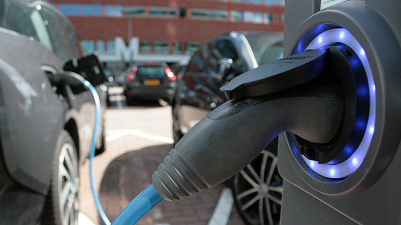 Electric cars could account for a 30% reduction in carbon dioxide emissions by 2030