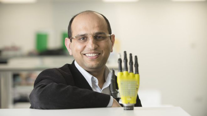 Engineers develop solar-powered skin for prostheticsImage