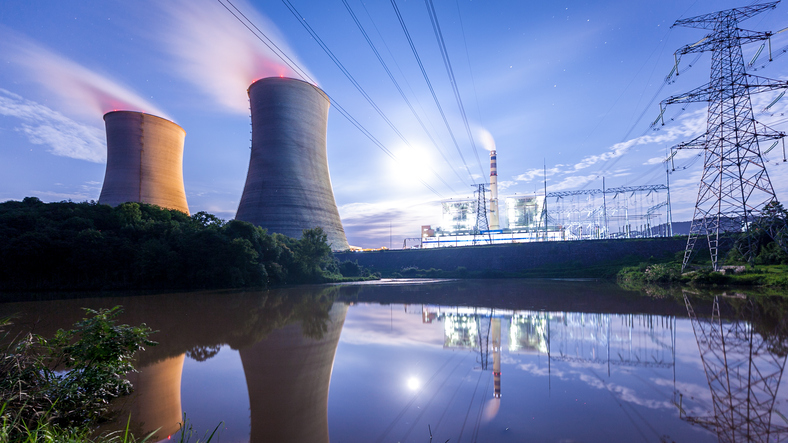 Political risk 'must not undermine' energy production, says industry, as nuclear storm brewsImage