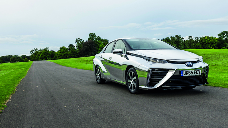 Toyota aims to sell 30,000 fuel-cell Mirais a year globally by 2020