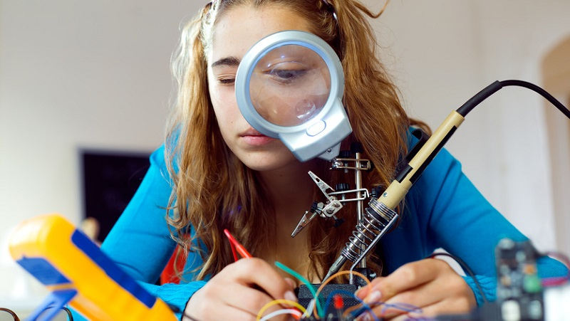 STEM skills gap costs the UK £1.5bn a yearImage