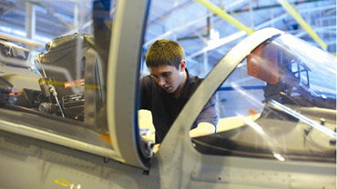 Five new awards to recognise excellent young engineersImage