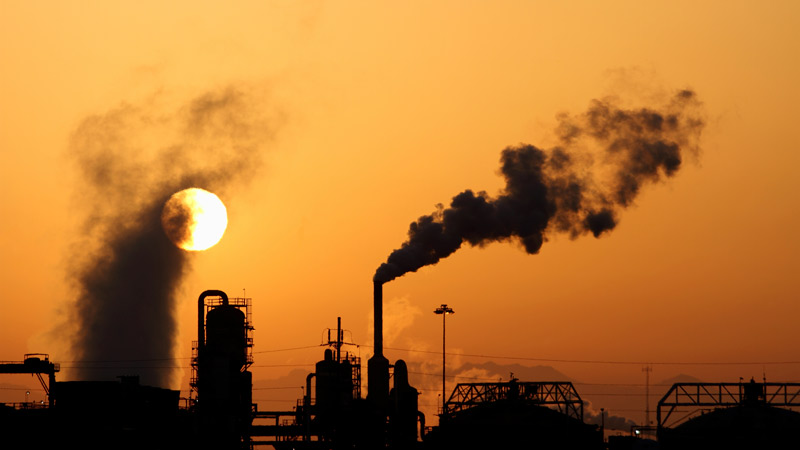 Government to cut carbon emissions 57% by 2032 Image