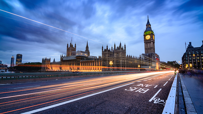 Government 'must provide visible leadership' to end persistent skills gap Image