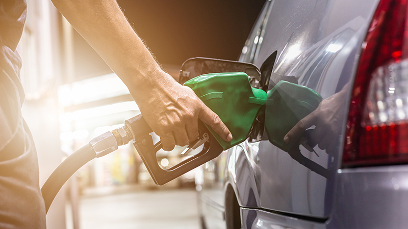 Better engines and fuels 'the quickest way to cut emissions' Image