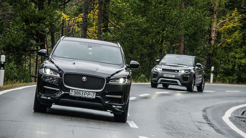Jaguar Land Rover moves thousands of staff on to three-day weeksImage