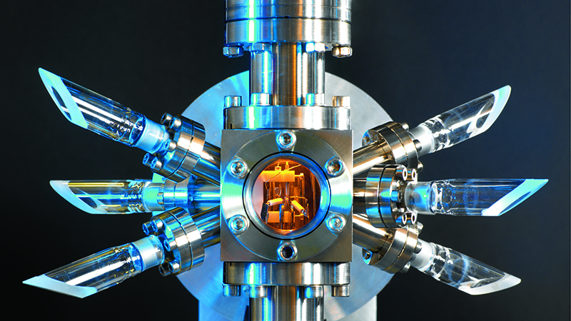 Shrinking quantum clocks fill growing need for accurate timekeeping Image